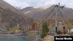 Пуле миёни Тоҷикистону Афғонистон