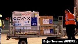 COVAX xətti ilə vaksinlərin gətirilməsi. Kosova