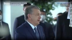 """Президент учун шоу: Маҳалла хотин-қизларига """"тикувчилар"""" ролини ўйнаб бериш топширилди"""