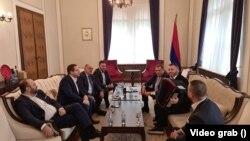 Dodik: Ko pjeva zlo ne misli