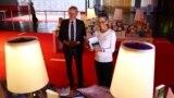 مدیر نمایشگاه کتاب فرانکفورت (چپ) در کنار رئیس انجمن کتابفروشان آلمان، ۲۷ مهر