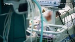 Secțiile ATI Covid din spitalele românești sunt pline de zile la rând