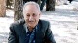 عبدالحسین زرینکوب (همهٔ عکسها برگرفته از پروندهٔ ویژهٔ مجلهٔ بخارا در بزرگداشت آقای زرینکوب است)