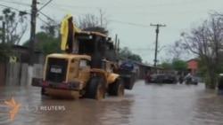Бразилия ҳукумати сув тошқини туфайли минглаб одамларни эвакуация қилмоқда