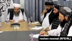 Архивска фотографија - Авганистанските талибански водачи за време на преговорите за мировниот договор за Авганистан