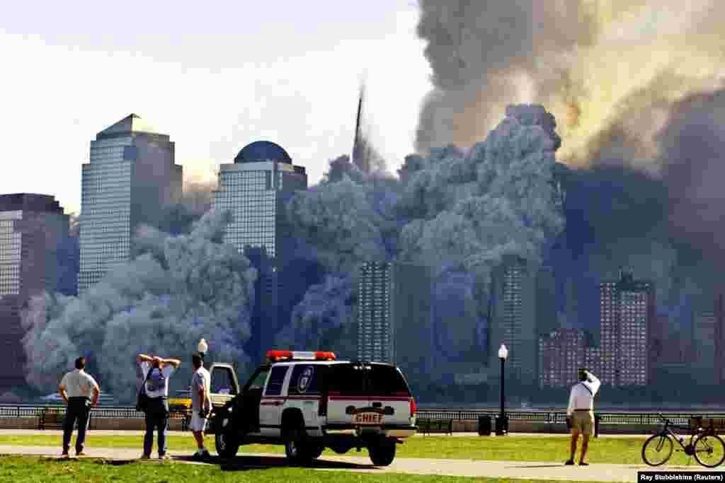 A szeptember 11-i New York-i (a képen), washingtoni és pennsylvaniai terrortámadás miatt újabb erőre kapott a hajtóvadászat a terroristavezér után.