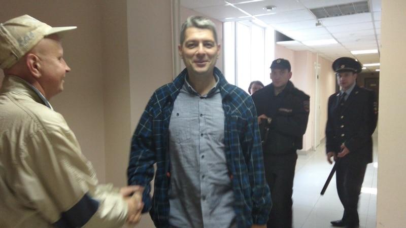 Координатор штаба Навального в Иркутске уехал из России