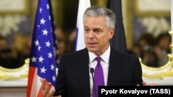 U.S. Ambassador to Russia Jon Huntsman (file photo)