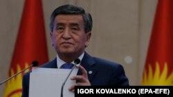 Сооронбай Жээнбеков во время объявления о своей отставке. Октябрь 2020 года.