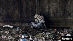 آرشیف/ یکی از معتادین در افغانستان/ Reuters