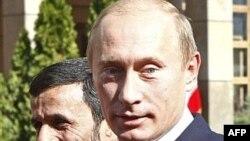 پوتین برای شرکت در نشست سران کشورهای حاشیه دریای خزر به تهران رفته بود.
