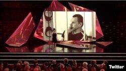 Мария Алехина во время вручения European Film Awards 2016 призвала поддержать Олега Сенцова
