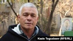 Руслан Юсуповтың әкесі Ахмет Юсупов. Алматы, 4 қараша 2013 жыл.