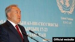 66 yaşlı Nursultan Nazarbayev 1989-cu ildən hakimiyyətdədir