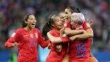 خوشحالی تیم آمریکا از نتیجه بیسابقه در مسابقه علیه تیم تایلند. روز سهشنبه این هفته، جام جهانی فوتبال زنان در فرانسه.