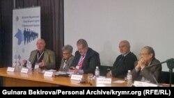 Павло Литвинов виступає на Другому Кримському форумі. Фото з архіву Гульнари Бекірової