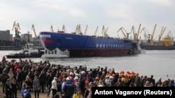 Церемония спуска на воду ледокола на Балтийском заводе (иллюстративное фото)