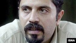 علی افشاری: گروه های سياسی معمولا می کوشند وضعيت زندانيان وابسته به خود را برجسته تر سازند.