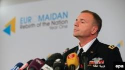 Командующий американскими силами в Европе генерал Бен Ходжес. Киев, 21 января 2015 года.