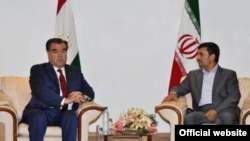 Tajik President Emomali Rahmon (left) met with his Iranian counterpart, Mahmud Ahmadinejad, in Tehran in June.