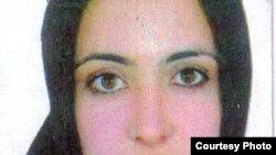 شيرين علمهویى روز ۱۹ ارديبهشت ۱۳۸۹ بدون اطلاع خانواده و وكلايش، به همراه چهار فعال كرد ديگر در زندان اوين به دار آويخته شد.