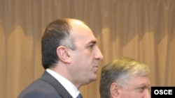 The Azerbaijani and Armenian foreign ministers, Elmar Mammadyarov (left) and Edward Nalbandian, at a meeting in Helsinki in 2008