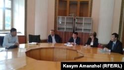 Жер комиссиясының жиыны. Алматы, 17 маусым 2016 жыл.