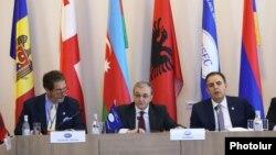 Qara Dəniz İqtisadi Əməkdaşlıq Təşkilatı xarici işlər nzairləri şurasının 38-cı toplantısı Yerevanda keçirilib