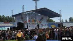 Федераль Сабантуй 2008 күренеше, көрәш, Әстерхан, үзәк стадион