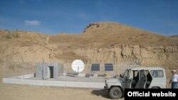 Agzalýan PS44 stansiýasy Türkmenisatnyň paýtagty Aşgabatdan 30 kilometr töweregi uzaklykda ýerleşýän Alybek obasynyň ýanynda guruldy.