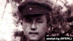 Генерал Панфилов атындагы гвардиялык полктун жоокери Сооронбай Жусуев