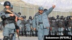 Афғон полицияси беш кун мобайнида норозилик намойишларини тарқатди.