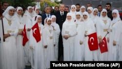 Turski predsednik tokom posete Novom Pazaru u oktobru 2017. godine
