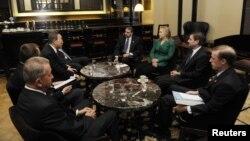 Američka sekretarka Hillary Clinton i generalni sekretar UN-a Ban Ki-Moon (rear L) u Jerusalemu, 21. novembar 2012.