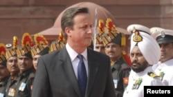 Британиянын өкмөт башчысы Дэвид Кэмерон Индияда.