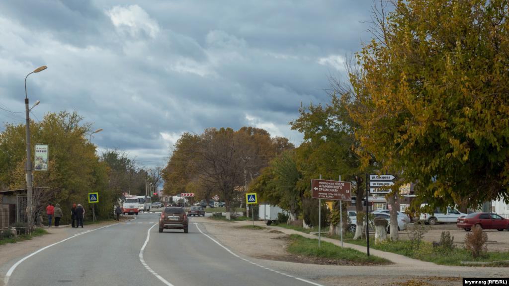Как и во многих других населенных пунктах Крыма, главная улица Вилино носит имя Ленина