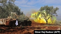 درگیریهای عفرین؛ تانک شبهنظامیان مورد حمایت ترکیه در ۳۰ بهمن
