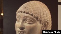قطعة آثارية عراقية