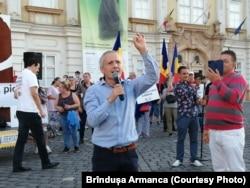 Beniamin Muj organizatorul protestului antivaccinist de la Timișoara