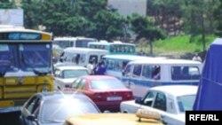 Avtomobillərin mühərrikindən ixrac olunan C10 qazının miqdarı normativdən çox olduqda inzibati tədbirlər görülür