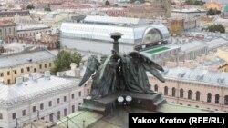 Вид с Исаакиевского собора в Санкт-Петербурге