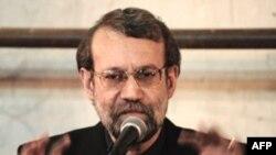 علی لاريجانی، رييس مجلس ايران،می گوید به علت مشخص نبودن محورهای گفت وگوهای احتمالی به نامه نمایندگان کنگره امریکا پاسخ داده نشده است. (عکس از: AFP)
