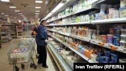 В молочном отделе московского магазина