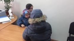 Два мальчика, отправленные в приют