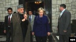 Klinton i Karzai
