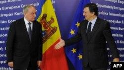 Nicolae Timofti şi Jose Manuel Barroso, Bruxelles, 27 aprilie 2012