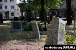 Упарадкаваньне тэрыторыі на Вайсковых могілках