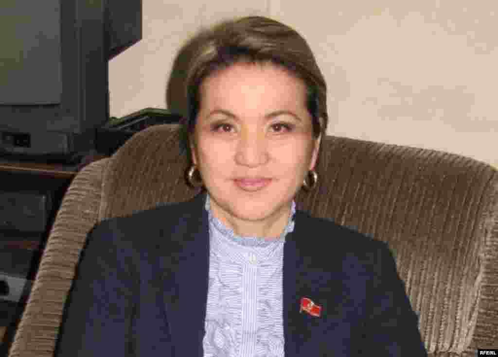 Сестра депутата Дамиры Ниязалиевой обвиняется вымогательстве