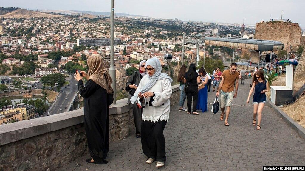 گردشگران ایرانی در شهر تفلیس، پایتخت گرجستان