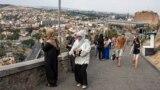 Иранские туристы в Тбилиси